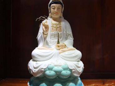 Hướng dẫn cách thỉnh Phật Bà Quan Âm đón tài lộc, vận may vào nhà