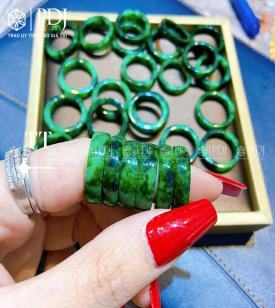 Nhẫn Ngọc Cẩm Thạch